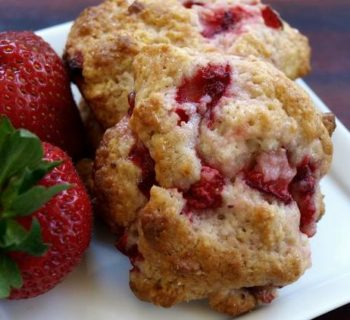 Strawberry Pecan Cookies
