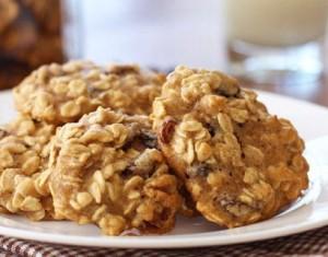 Walnut Banana Raisin Cookies