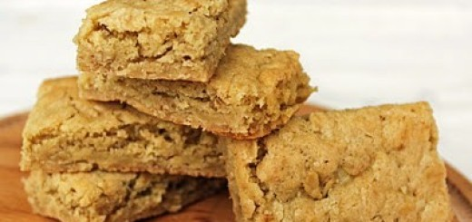 Oatmeal Cinnamon Blondies