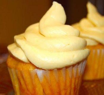 Pineapple Chiffon Cupcakes