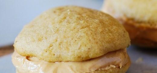 Banana Peanut Butter Sandwich Cookies
