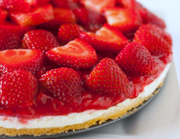 ... sauce. Here is an easy dessert recipe for Strawberry Cream Cheese Pie