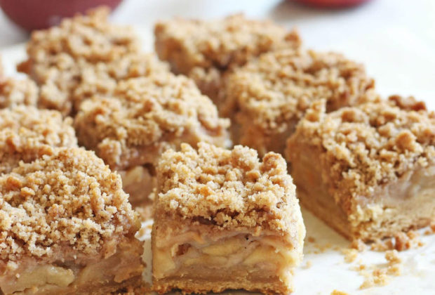 Apple Blondies with Crumble Topping